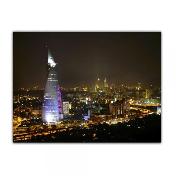Leinwandbild - Nachtaufnahme von Kuala Lumpur