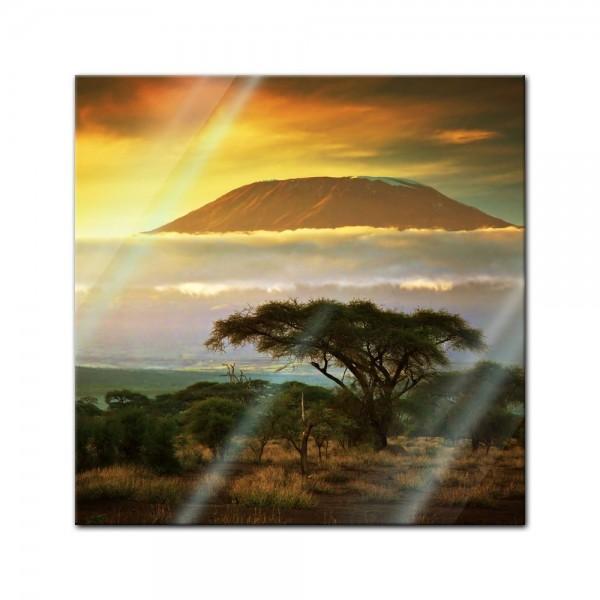 Glasbild - Kilimandscharo mit Savanne in Kenya - Afrika