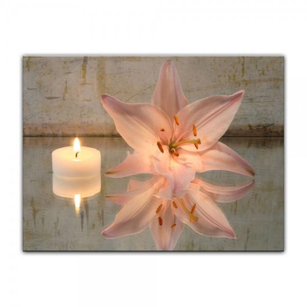 Leinwandbild - Lilie und Kerze