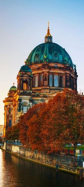 Türtapete selbstklebend Berliner Dom und Spree 90 x 200 cm Berlin Hauptstadt Lustgarten Museumsinse