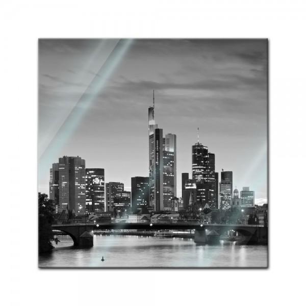 Glasbild - Frankfurt Skyline schwarz weiss - Deutschland bei Nacht - Deutschland