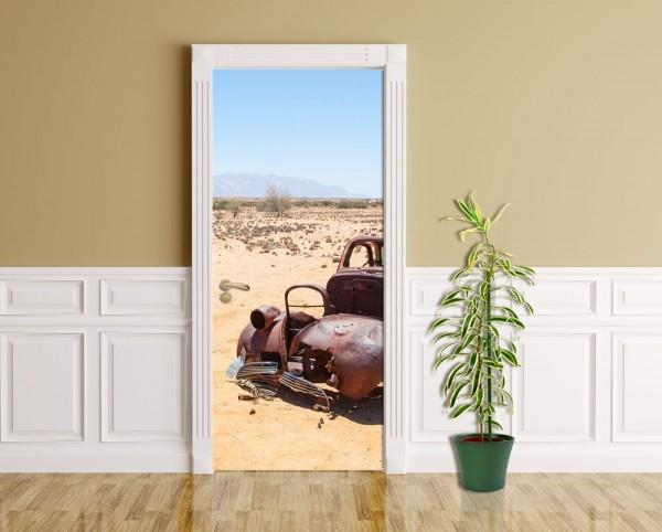 Türaufkleber - Verlassenes Auto in der Wüste