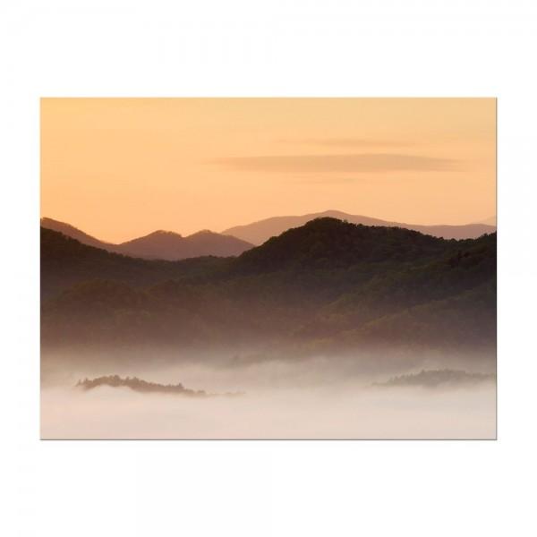 Leinwandbild - Nebeliges Tal und Berge im Sonnenuntergang, USA