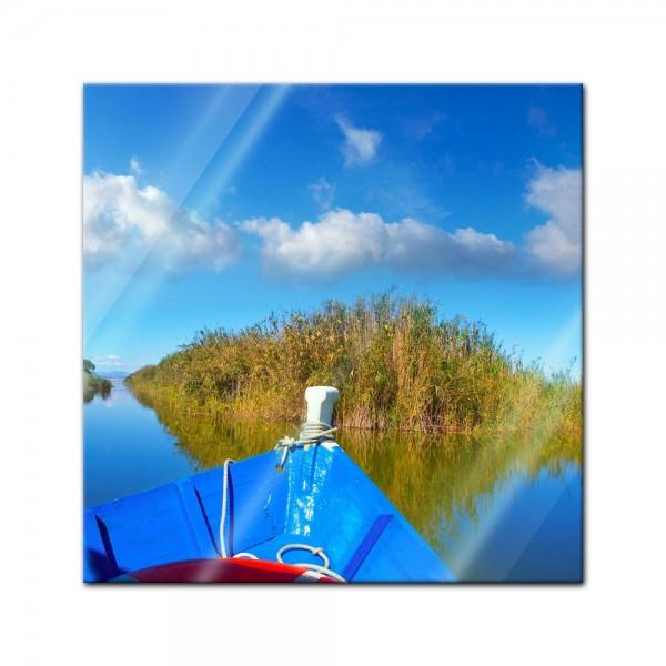 Glasbild - Blue boat in Albufera - Valencia Spanien