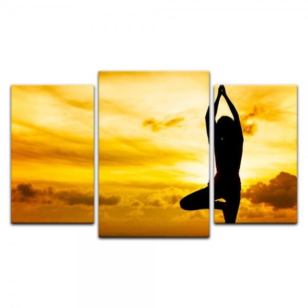 Leinwandbild - Yoga am Strand II