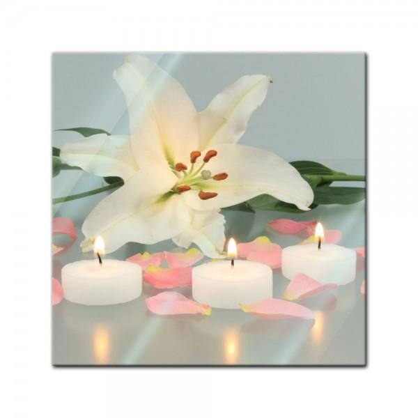 Glasbild - Lilie mit 3 Kerzen