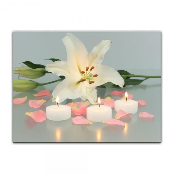 Leinwandbild - Lilie mit 3 Kerzen