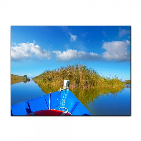 Leinwandbild - Blue boat in Albufera - Valencia Spanien
