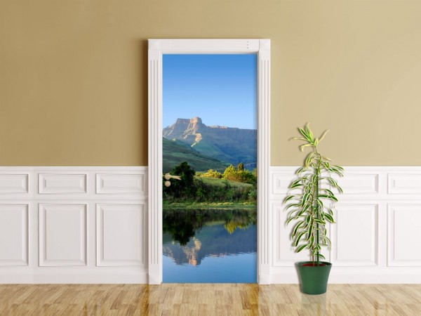 Türaufkleber - Drakensberge - Reflektion