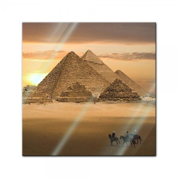 Glasbild - Pyramiden Fantasie