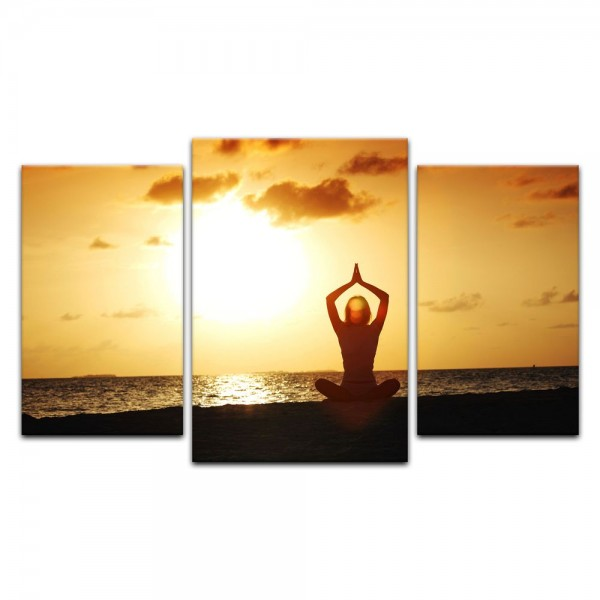 Leinwandbild - Yoga am Strand