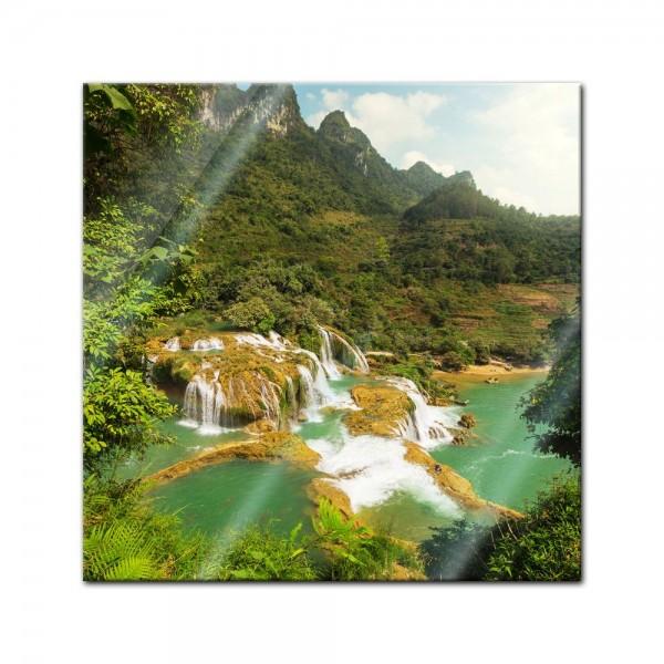 Glasbild - Wasserfall in Vietnam II