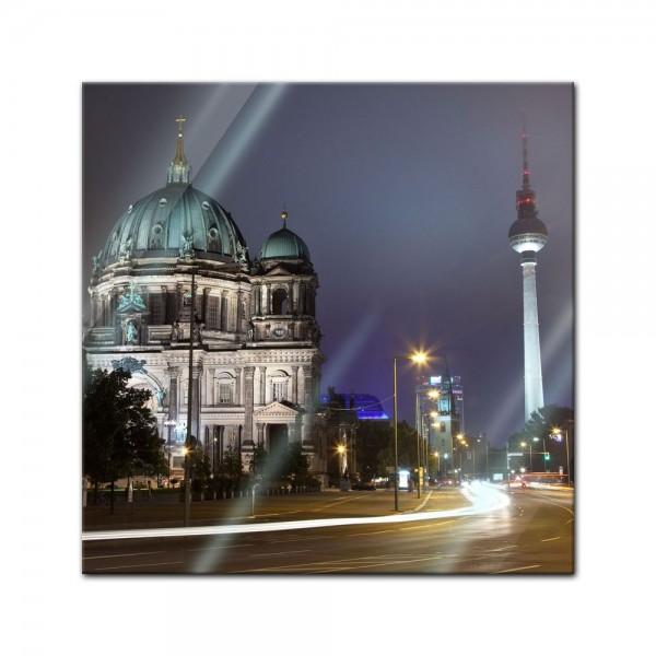 Glasbild - Berliner Dom und Fernsehturm bei Nacht