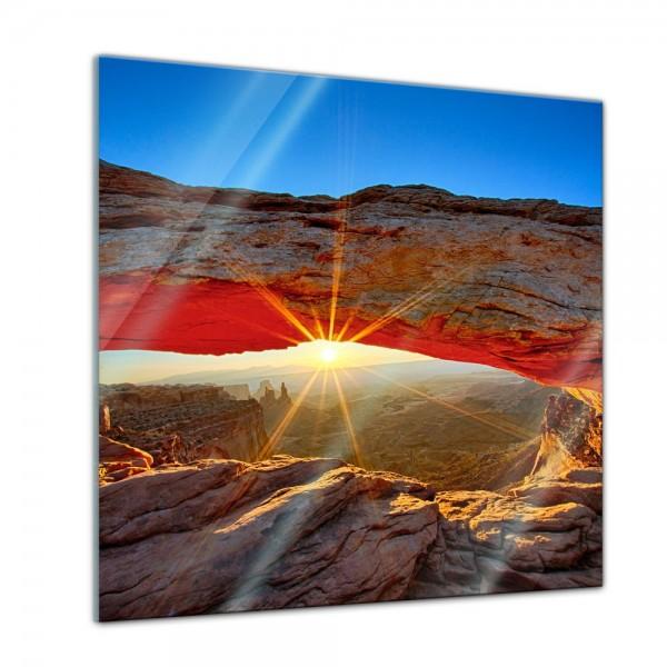 Glasbild - Sunrise Mesa Arch, Canyonlands Nationalpark - Utah