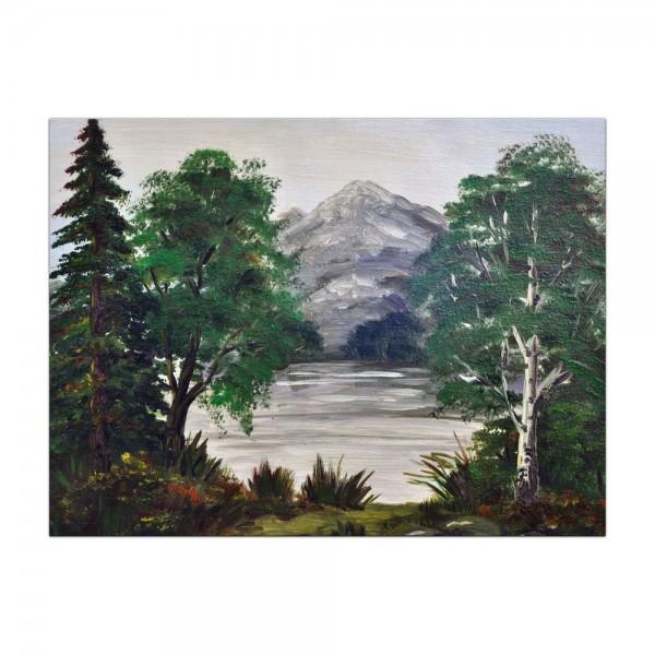 Leinwandbild - Bäume an einem Bergsee