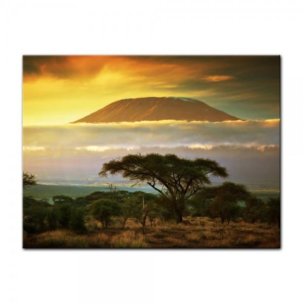 Leinwandbild - Kilimandscharo mit Savanne in Kenya - Afrika