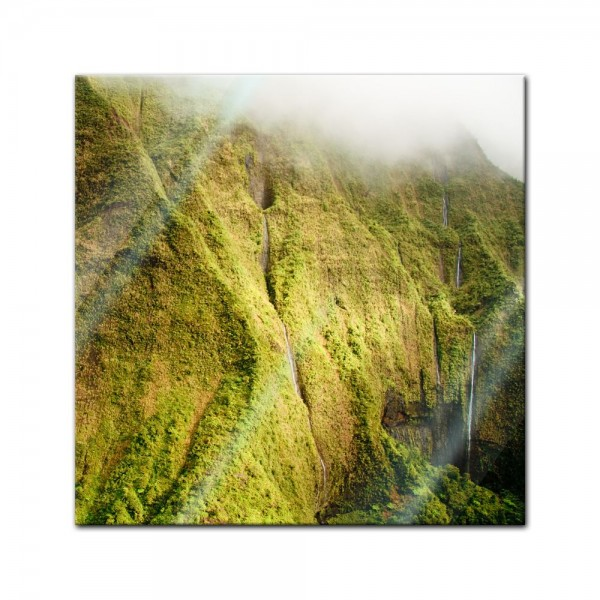 Glasbild - Kauai Mt. Waialeale Wasserfälle im Regen, Hawaii
